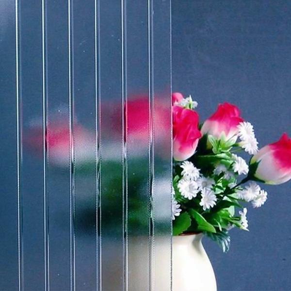 Patterned-Glass-Moru
